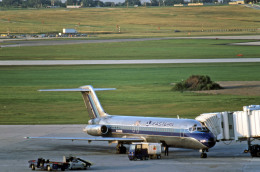 ジェネラル・ミッチェル国際空港 - General Mitchell International Airport [MKE/KMKE]で撮影されたジェネラル・ミッチェル国際空港 - General Mitchell International Airport [MKE/KMKE]の航空機写真