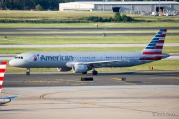 みなかもさんが、フィラデルフィア国際空港で撮影したアメリカン航空 A321-211の航空フォト(飛行機 写真・画像)