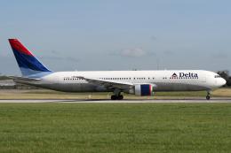 Echo-Kiloさんが、ダブリン空港で撮影したデルタ航空 767-332/ERの航空フォト(写真)