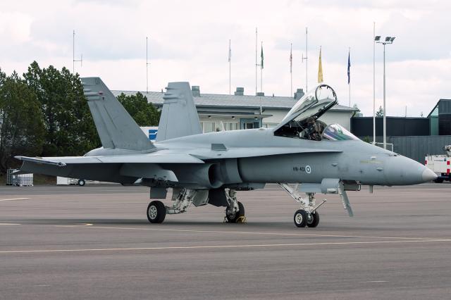 フィンランド空軍 McDonnell Dou...
