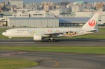 tak✈さんが、福岡空港で撮影した日本航空 777-246の航空フォト(写真)