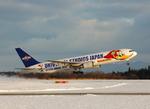 フリューゲルさんが、秋田空港で撮影した全日空 767-381の航空フォト(写真)