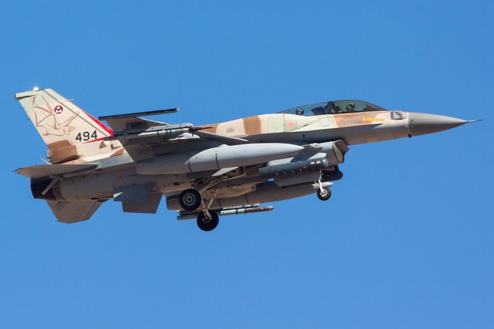 Ryan-airさんのイスラエル空軍 Lockheed Martin F-16 Fighting Falcon (494) 航空フォト