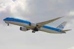 TKBKさんが、関西国際空港で撮影したKLMオランダ航空 787-9の航空フォト(写真)