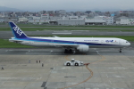 tak✈さんが、福岡空港で撮影した全日空 777-381/ERの航空フォト(写真)