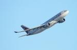 twining07さんが、ロンドン・ヒースロー空港で撮影したカタール航空 A330-202の航空フォト(飛行機 写真・画像)