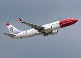 voyagerさんが、ロンドン・ガトウィック空港で撮影したノルウェー・エアUK 737-8JPの航空フォト(飛行機 写真・画像)