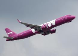 voyagerさんが、ロンドン・ガトウィック空港で撮影したWOWエア A321-211の航空フォト(飛行機 写真・画像)