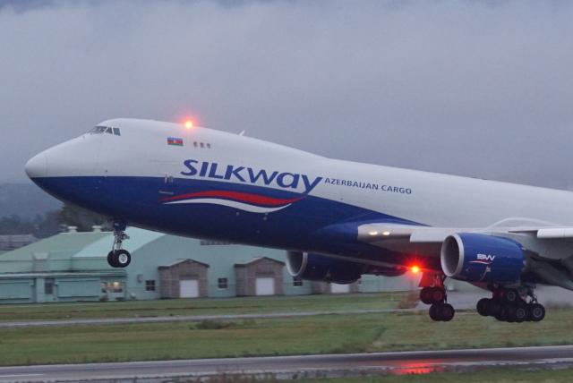 航空フォト:VQ-BVC シルクウェイ・ウェスト・エアラインズ 747-8