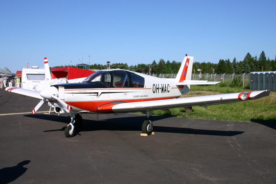 Echo-KiloさんのFinnish Aviation Museum Wassmer WA-51 Pacific (OH-WAC) 航空フォト