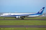 いおりさんが、山口宇部空港で撮影した全日空 767-381/ERの航空フォト(写真)