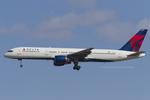 Scotchさんが、成田国際空港で撮影したデルタ航空 757-251の航空フォト(写真)