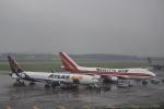 はるたかさんが、横田基地で撮影したカリッタ エア 747-481F/SCDの航空フォト(写真)