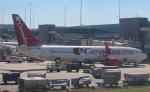 セブンさんが、アムステルダム・スキポール国際空港で撮影したコレンドン・エアラインズ 737-8BKの航空フォト(飛行機 写真・画像)