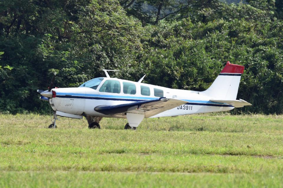 tsubasa0624さんのノエビア Beechcraft 36 Bonanza (JA3911) 航空フォト