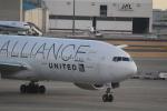 Shibataさんが、成田国際空港で撮影したユナイテッド航空 777-224/ERの航空フォト(写真)