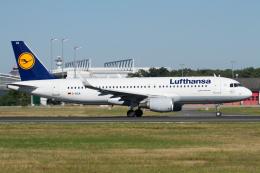 航空フォト:D-AIUA ルフトハンザドイツ航空 A320