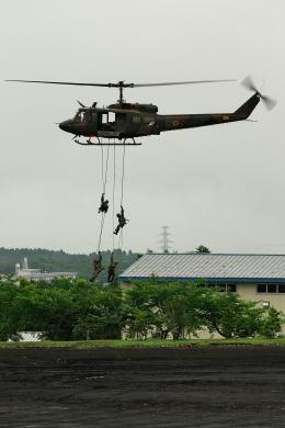 kanade/Ryo@S.O.R.A.さんが、富士駐屯地で撮影した陸上自衛隊 UH-1Jの航空フォト(飛行機 写真・画像)