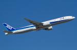 よっしぃさんが、フランクフルト国際空港で撮影した全日空 777-381/ERの航空フォト(写真)