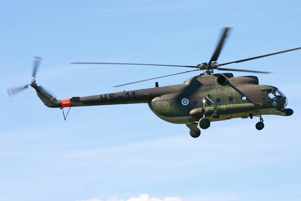Echo-Kiloさんのフィンランド陸軍 Mil Mi-8 (HS-11) 航空フォト