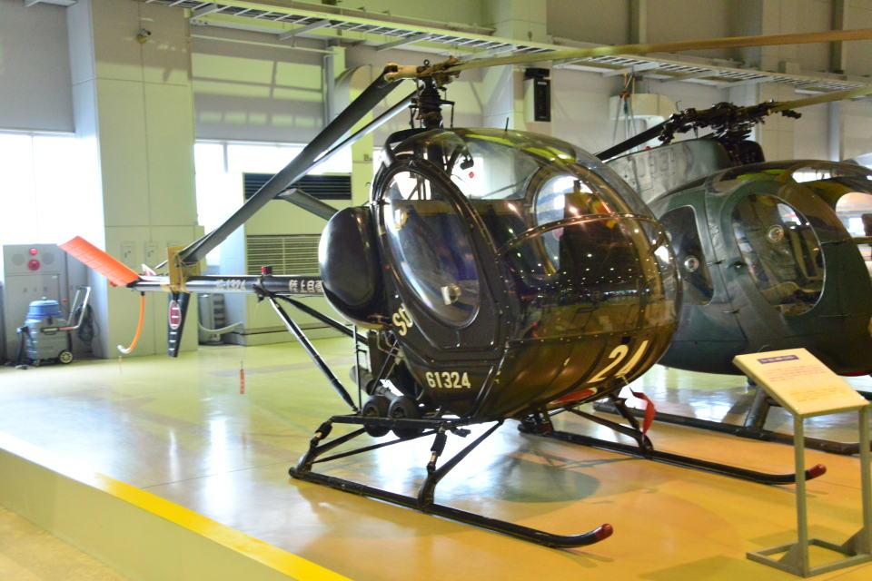 md11jbirdさんの陸上自衛隊 Kawasaki TH-55 (61324) 航空フォト