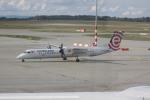 しかばねさんが、フェレンツリスト国際空港で撮影したLOTポーランド航空 DHC-8-402Q Dash 8の航空フォト(写真)