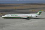Scotchさんが、中部国際空港で撮影したエバー航空 MD-90-30の航空フォト(飛行機 写真・画像)