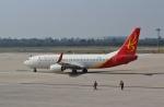 TAOTAOさんが、西安咸陽国際空港で撮影した長安航空 737-8FHの航空フォト(写真)
