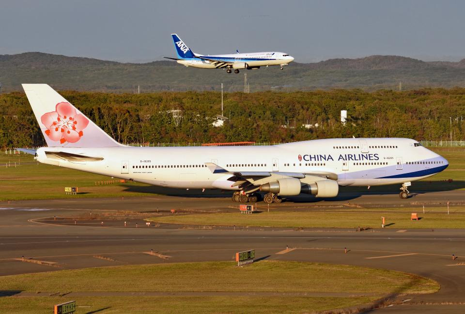 tsubasa0624さんのチャイナエアライン Boeing 747-400 (B-18205) 航空フォト
