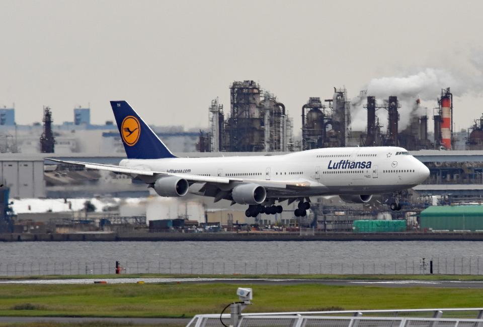 tsubasa0624さんのルフトハンザドイツ航空 Boeing 747-8 (D-ABYH) 航空フォト