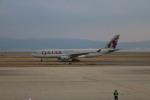 A350XWB-HNDさんが、関西国際空港で撮影したカタール航空 A330-202の航空フォト(写真)