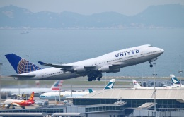 reonさんが、香港国際空港で撮影したユナイテッド航空 747-422の航空フォト(飛行機 写真・画像)