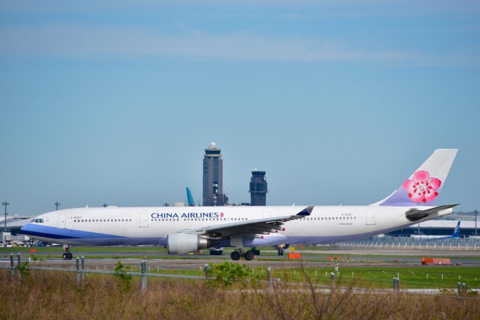パンダさんのチャイナエアライン Airbus A330-300 (B-18357) 航空フォト