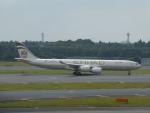 SIさんが、成田国際空港で撮影したエティハド航空 A340-541の航空フォト(写真)