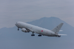 カヤノユウイチさんが、米子空港で撮影した航空自衛隊 767-2FK/ERの航空フォト(写真)