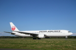 ATOMさんが、帯広空港で撮影した日本航空 767-346の航空フォト(写真)