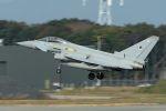 うめやしきさんが、三沢飛行場で撮影したイギリス空軍 EF-2000 Typhoon FGR4の航空フォト(飛行機 写真・画像)