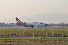 ガオラオさんが、チェンライ空港で撮影したノックエア 737-4Q8の航空フォト(飛行機 写真・画像)