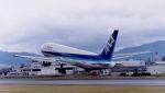 オキシドールさんが、広島西飛行場で撮影した全日空 767-381の航空フォト(写真)