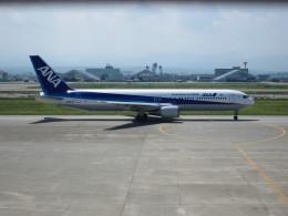 ころちゃんさんが、小松空港で撮影した全日空 767-381の航空フォト(飛行機 写真・画像)