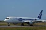 ひめまどんなさんが、松山空港で撮影した全日空 767-381/ERの航空フォト(飛行機 写真・画像)