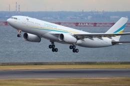 多摩川崎2Kさんが、羽田空港で撮影したカザフスタン政府 A330-243の航空フォト(飛行機 写真・画像)