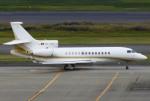 あしゅーさんが、羽田空港で撮影したスイス企業所有 Falcon 7Xの航空フォト(飛行機 写真・画像)