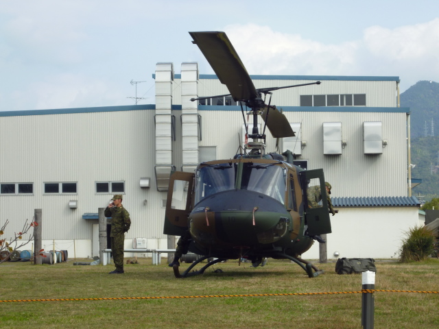 7915さんが、海田市駐屯地で撮影した陸上自衛隊 UH-1Jの航空フォト(飛行機 写真・画像)