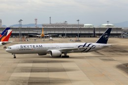 T.Sazenさんが、関西国際空港で撮影したエールフランス航空 777-328/ERの航空フォト(飛行機 写真・画像)