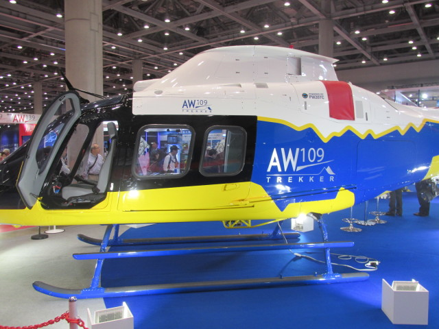 kamonhasiさんが、東京ビックサイトで撮影したアグスタウェストランド AW109 の航空フォト(飛行機 写真・画像)
