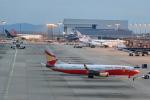T.Sazenさんが、関西国際空港で撮影した雲南祥鵬航空 737-8MBの航空フォト(飛行機 写真・画像)