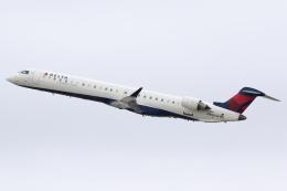 航空フォト:N806SK スカイウエスト CRJ-900