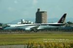 かみきりむしさんが、名古屋飛行場で撮影した三菱航空機 MRJ90STDの航空フォト(写真)