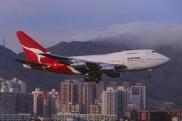 Yossy96さんが、啓徳空港で撮影したカンタス航空 747SP-38の航空フォト(飛行機 写真・画像)